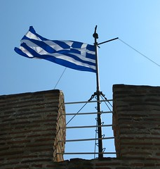 White Tower, Thessaloniki, Greece (Tilemahos Efthimiadis) Tags: flag hellas greece macedonia thessaloniki 50views whitetower openstreetmap makedonia      osm:way=140156303 address:country=greece address:city=thessaloniki