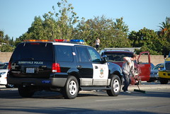 DSC_0217 (Jasson Steffan) Tags: chevrolet volvo sunnyvale crash accident injury police ambulance chevy chp van wreck paramedic gmc towtruck carwreck carcrash caraccident collision amr autoaccident lawrenceexpressway lakehavendrive vehicleaccident carcollision vehiclecollision amrambulance sunnyvalepolice sunnyvalefiredepartment sandiaavenue 5mig416