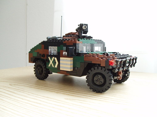 HMMWV revamped (3)