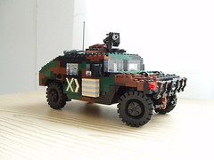 HMMWV revamped (3) (Mad physicist) Tags: truck army model lego military hummer humvee hmmwv usarmy 122 m1025