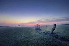 The old gate (Guido Musch) Tags: morning mist netherlands fog sunrise fantastic nikon shot nederland pole dijk polder guido hdr dike friesland schiermonnikoog fryslan paal d300 paaltje sigma1020 theoldgate guidomusch