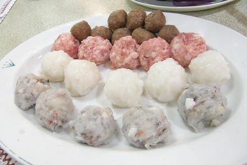 03.各式丸子(牛肉、豬肉、墨魚、蝦仁)
