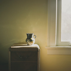 (leslie*thomson) Tags: light film window morninglight kodak portra p6 pentaconsix portra160vc emmasroom autaut artlibres