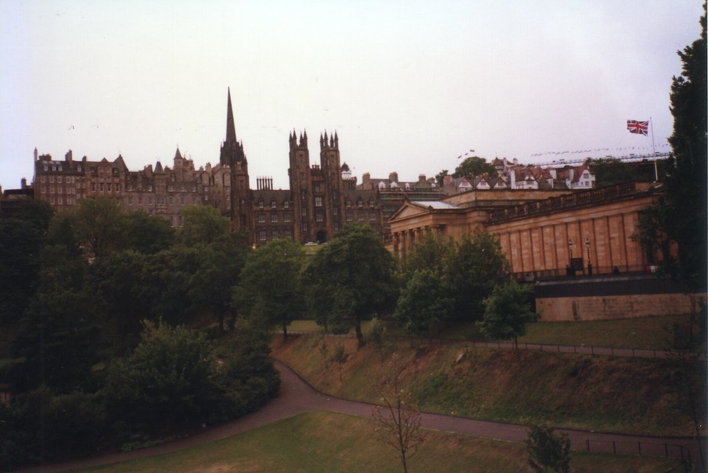 The Assembly Hall & Scottish National Gallery, Edinburgh (1996)