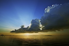 [Free Image] Nature / Landscape, Sky, Cloud, Sunrise, Sea, Malaysia, 201105271300