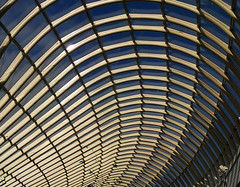 "Chadstone roof • <a style=""font-size:0.8em;"" href=""http://www.flickr.com/photos/52384688@N06/5800980146/"" target=""_blank"">View on Flickr</a>"
