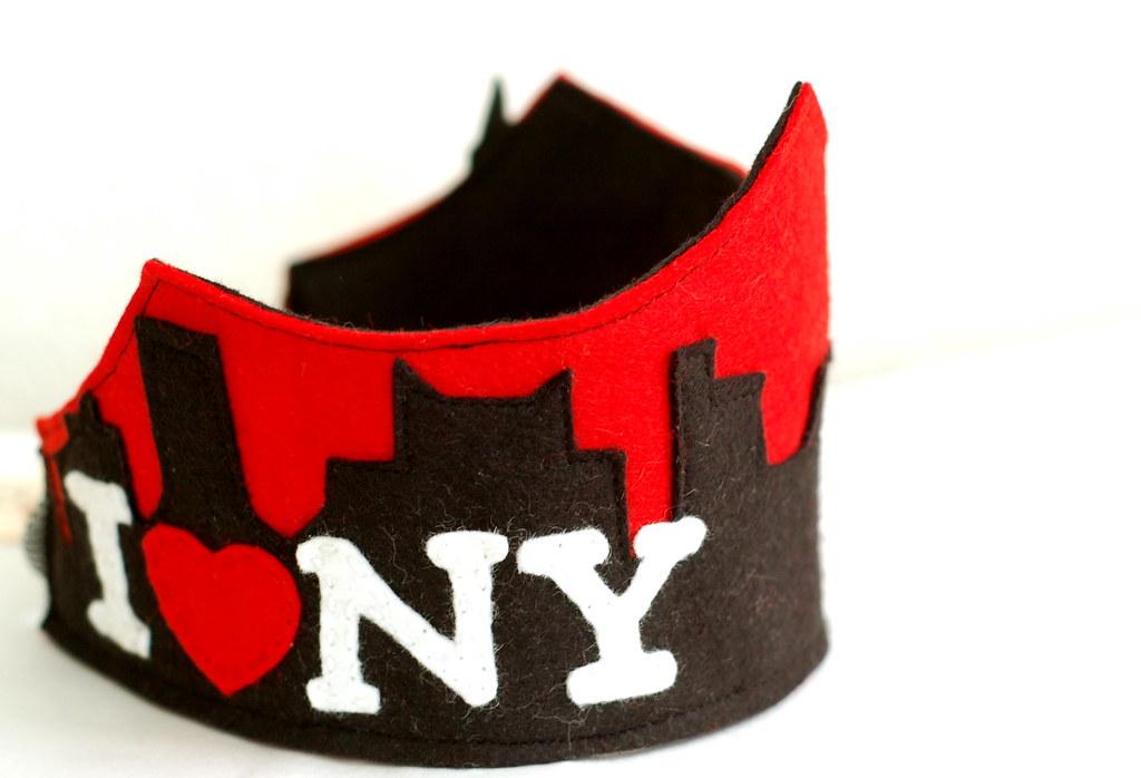 I<3NY crown