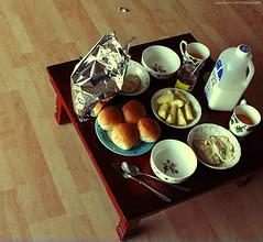 Korean Family Breakfast. (ShanLuPhoto) Tags: family food breakfast table milk cereal korea host korean seoul local southkorea couchsurfing loolooimage