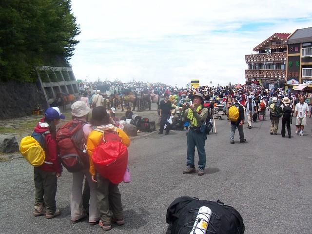 河口湖登山口(富士山登山2009) Climbing Mt.Fuji