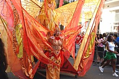 DSC_2488 Notting Hill Caribbean Carnival Costume Lady Performer 29 Aug 2005 (photographer695) Tags: 2005 carnival costumes girls lady costume hill caribbean 29 aug ethnic performer nottinghill notting cultural