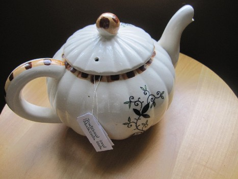 Sweet Little Tea Pot