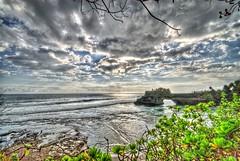 Pura Batu Bolong #1 :: HDR (mozilla monster) Tags: travel vacation bali holiday water clouds indonesia nikon hdr tanahlot sigma1020 d80 1020sigma purabatubolong