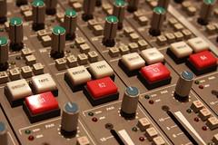 SSL 9000J console :: Studio E at the Westlake Studios (Brian A Petersen) Tags: apple waves pot neve button british pan controlroom console 72 eq ams avalon lexicon apogee maximizer l2 digidesign urie studioe eventide 1176 quantec drawmer ssl9000j tubetech mixingsuite tedblaisdell outboardgearwestlakestudio solidstatelogic9072j 9072j