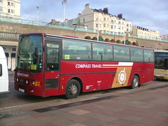 Compass Travel J100SOU (Invictaway) Tags: travel coach southern van sou compass coaches psv pcv vanhool daf hool alizee j100 mb230 compasstravel j100sou