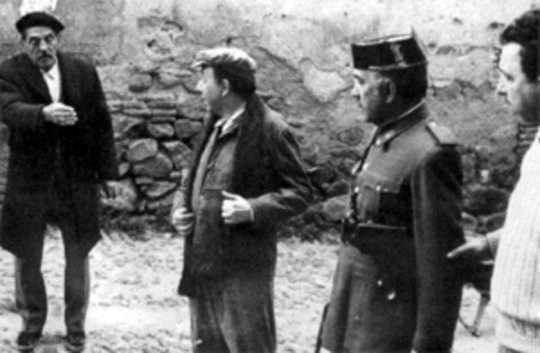 Luis Buñuel en Toledo durante el rodaje de Tristana en 1969