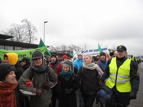 「奪回權力」行動,示威者往貝拉中心前進