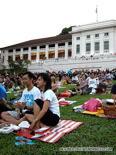 Mass couples picnic