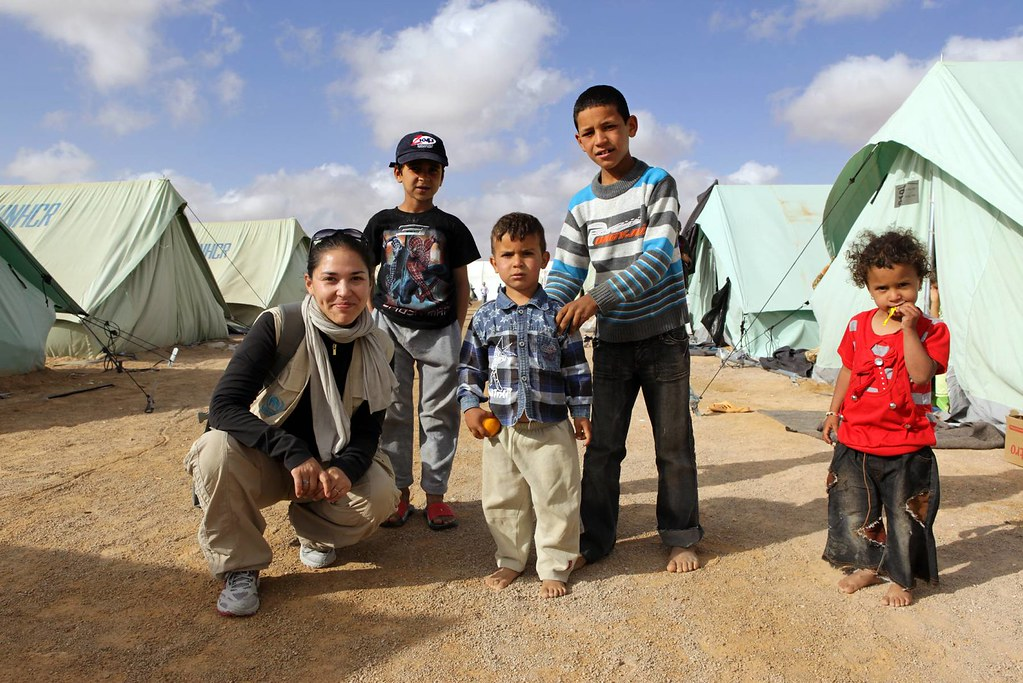 UNHCR News Story: Q&A: UN Volunteer helps needy Libyan Berbers in Tunisian camp