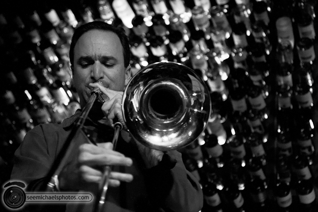 Jason Robinson at Dizzys 60211 © Michael Klayman-005
