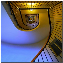 Before the ascent (Nespyxel) Tags: blue light vortex rome roma colors yellow architecture spiral gold stair pov blu perspective vertigo snail rail stairwell lookingup giallo staircase repetition scala handrail dizzy banister railing colori architettura luce spiralstaircase spirale chiocciola geometrie ringhiera corrimano geometries challengeyouwinner stefanoscarselli unusualviewsperspectives nespxel spiralstaircasesandstaircasesprojectinrome pleasedontusethisimageonwebsites blogsorothermediawithoutmyexplicitpermissionallrightsreserved