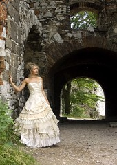 Bella S, silk wedding dress (dunikowski) Tags: wedding beautiful female fantastic model dress gorgeous cream silk ivory traje vestido kleid suknia sukienka dagnez