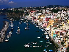 Procida: un tranquillo week end di colori 1 (perplesso42) Tags: friends italy beautiful italia mare colours campania weekend napoli colori distillery procida isola flickraward expressyourselfaward platinumpeaceaward isoleflegree perplesso42