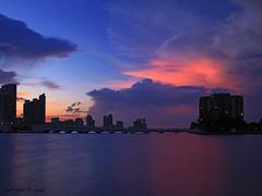 Miami Sunset Party (iCamPix.Net) Tags: sunset canon miami downtownmiami miamidadecounty 8383 markiii1ds øutstandingimages