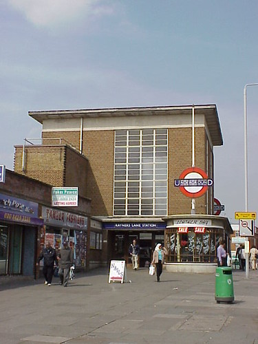 Rayners Lane Tube Station