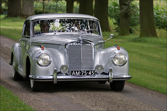 Mercedes Benz 300 S Coup 1952 (Foto Martien (thanks for over 2.000.000 views)) Tags: auto old holland classic netherlands dutch car germany deutschland automobile europe stuttgart antique nederland mercedesbenz oldtimer autosalon limousine germancar duitsland 1952 oldy carpic klassieker europeancar oprijlaan a350 carpicture mywinners abigfave geldersetoren spankeren salonparis mercedesbenz300scoup sonyalpha350 martienuiterweerd martienarnhem sony70300gssmlens 300scoup