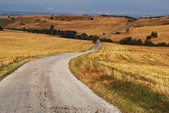 road to Skopje (kosova cajun) Tags: city landscape village pat macedonia fields balkans windingroad skopje narrowroad makedonija peisazh shkupi shkup southeasterneurope maqedonia rrugë aračinovo haraçina арачиново