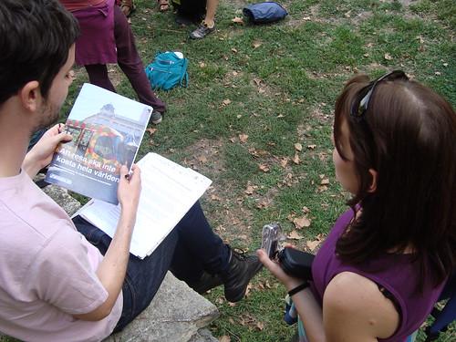 Alex berättar om översättningen av rapporten för Ida från Österrike