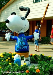 snoopy with corndog web