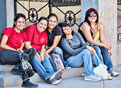 "Say ""CHEESE"" (...-Wink-...) Tags: girls people smile relax break time mexicali saycheese sigma18200 nikond80 fondademexico"