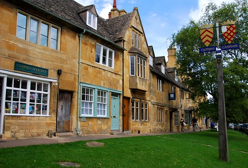 downtown chipping campden, cotswolds