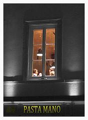 Metz by Night (fs999) Tags: france night pentax sdm lorraine nuit ville metz aficionados artcafe alignements vob dastar k20d vuedenbas ashotadayorso justpentax pentaxone villedemetz pentaxk20d topqualityimage flickrlovers da55 topqualityimageonly fs999 pentaxart pentaxda55mmf14sdm villemetz