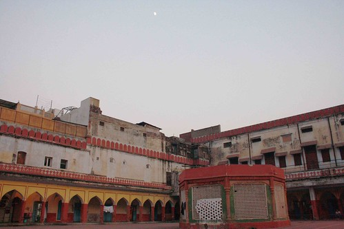 City Landmark – Fatehpuri Masjid, Walled City