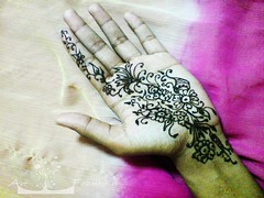 Henna (Art Fountain) Tags: floral drawings peacock henna mehendhi indiandrawing decoratedhands bridalhanna