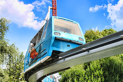 Hershey Park Monorail (Gary Burke.) Tags: vacation canon eos rebel ride pennsylvania pa transportation lancaster amusementpark hershey monorail dslr themepark attraction hersheypark garyburke klingon65 monorailsystem t1i canoneosrebelt1i