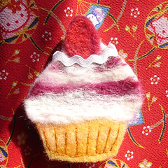 Strawberry Cupcake Brooch / Pin
