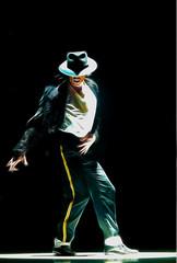 The Legend! The King of Pop! (GionnyWeb) Tags: losangeles rip award pop murder michaeljackson awards neverland legend moonwalk cantante neverlandranch rockandrollhalloffame fiatlux omicidio americanmusicawards worldmusicawards thelegend mtvvideomusicawards grammyawards songwritershalloffame kingofthepop redelpop thekingofthepop ilredelpop