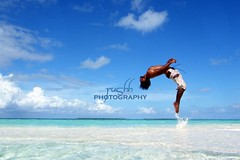 """ The Levitation "" (rushh [ surf photography ]) Tags: blue jump explore maldives 2009 sandbank freefall onair crystalclear backroll dhiffushi leviation meeruislandresort uniquemaldives rushh soote thelevitation"