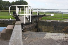Lock gates. (DianneB 2007.) Tags: marina boats cheshire swans widnes spikeisland dib gadgetgirl fiddlersferrypowerstation