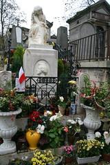 2009-11-21-PARIS-PereLachaiseCemeterie33-chopin2