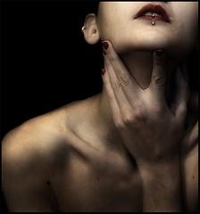 (www.tamaracastrillejo.com) Tags: portrait woman selfportrait detalle detail me female self mujer hand retrato lips piercing nails mano labios autorretrato dreamcatcher uñas lujuria sish objectiveart péchéscapitaux luxure ltytrx5 ltytr2 ltytr1 ltytr3 themonalisasmile sishha