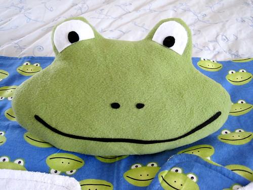 Frog plushie