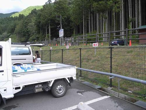 名水が500円で汲み放題!『ごろごろ水 採水場』@天川村