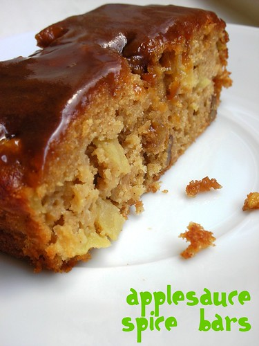 applesauce spice bars
