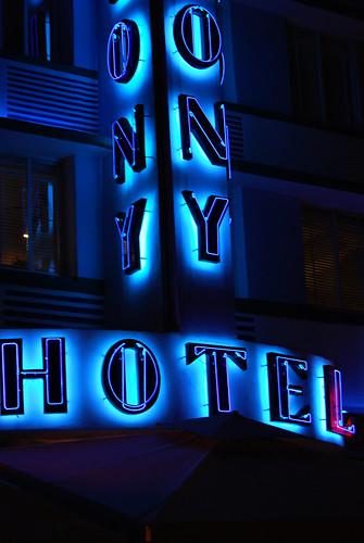 SS33_Colony_Hotel[2009]