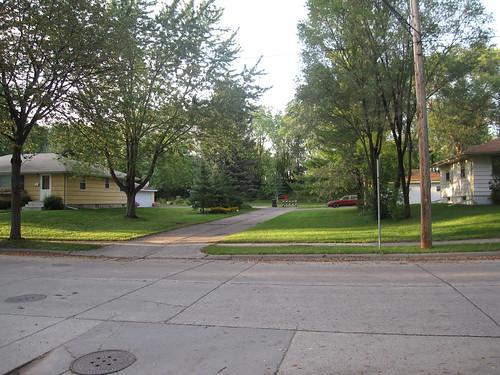 N End of Pierce St NE
