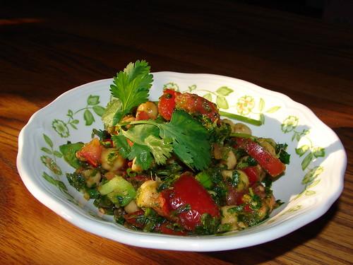 Super scrumptious tomato salad